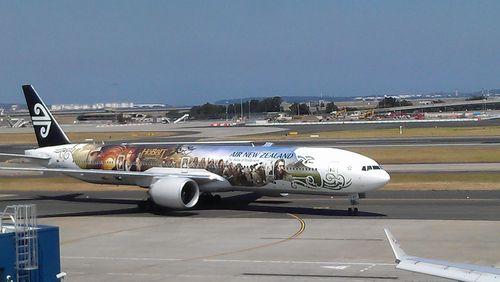 Hobbit Plane
