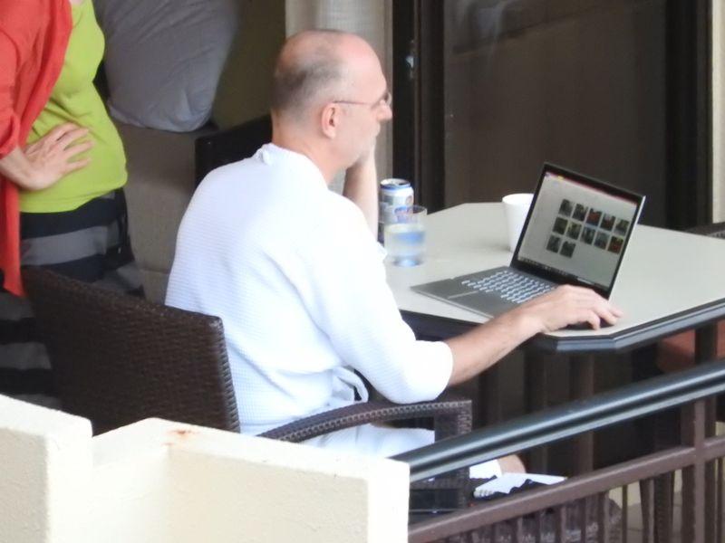 Laptop man zoom